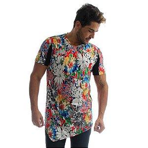 Camiseta LongLine Bico Frente Floral e Costas Preta