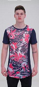 Camiseta Manga Curta Estampa Floral e Azul