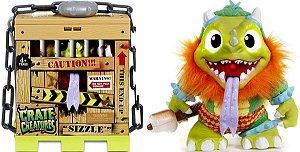 Boneco Sizzle Crate Creature - Candide
