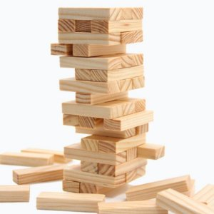 Jenga em madeira natural