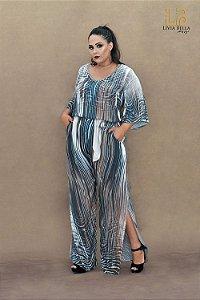 Conjunto Blusa e calça com fendas larerais e cinto.