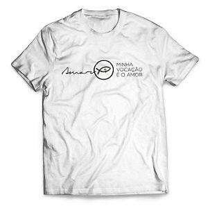 Camiseta Minha vocação é o amor