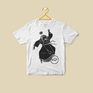 Camiseta Infantil Padre Pio - Dançando