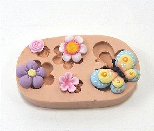 137 - Borboleta e flores minis