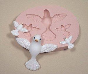 958 - Três pombos do espírito santo