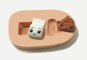 338 - Cocô e papel higiênico minis