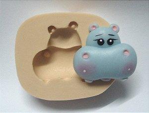 821 - cara de Hipopótamo country médio