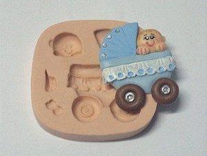 653 - Carrinho de bebê gr.