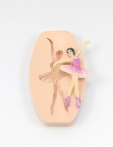 271 - Bailarina pequena