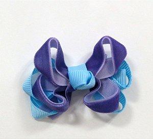 Laço tipo borborleta com base de fitas - cód. 14.162 - Veludo azul com roxo