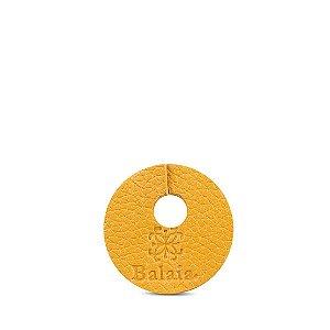 Marcador de taça personalizável em couro mostarda
