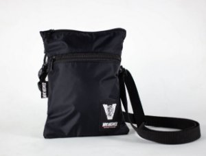 SHOULDER BAG SLIM BLACK