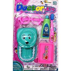 Brincando de Dentista - Kit de Dentista de Brinquedo - com Escova e Pasta de dentes e acessorios - SQ4065