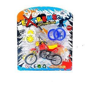 Moto com Acessorios para Montar - EXTREME MOTORCYCLE - TOYS180072