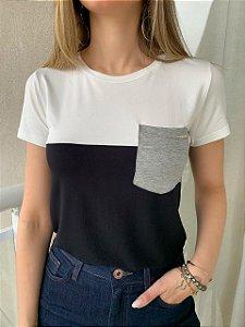 T-shirt Vânia Branco e Preto