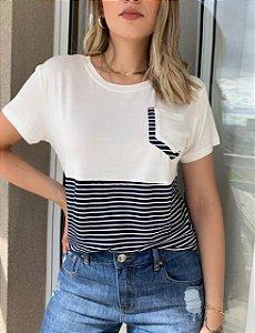 T-shirt Listras Letícia Marinho