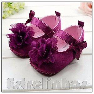 Sapatinho de Velcro com Flor