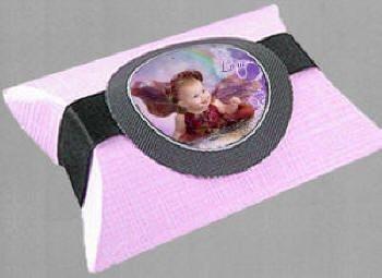 Pillow box com fita e adesivo CXBRNDS001