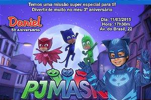 Convite digital personalizado PJ Masks – Heróis de Pijama 003 com montagem da roupa do tema