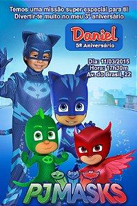 Convite digital personalizado PJ Masks – Heróis de Pijama 004 com montagem da roupa do tema