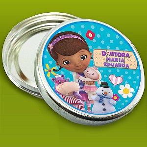 Embalagem com 20 adesivos Doutora Brinquedos
