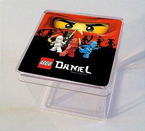 Adesivo caixinha acrílica 5x5cm Ninjago