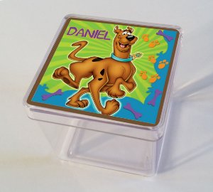 Adesivo caixinha acrílica 5x5cm Scooby Doo