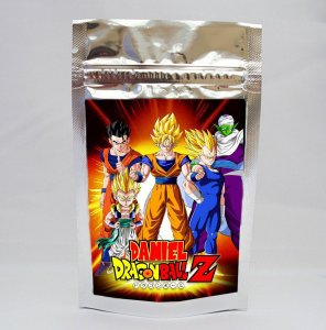 Saco metalizado com tag e corrente Dragon Ball Z
