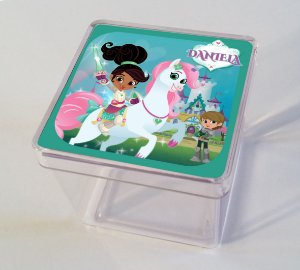 Adesivo caixinha acrílica 5x5 Nella, uma Princesa Corajosa