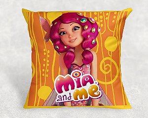 Almofada Personalizada para festa Mundo de Mia 1