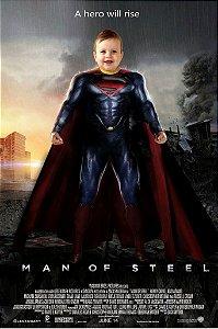 Montagem com poster de O Homem de Aço