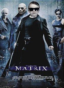 Montagem com poster de Matrix