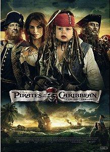 Montagem com poster de Piratas do Caribe