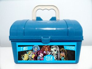Arte personalizada para maletinha Monster High para meninos