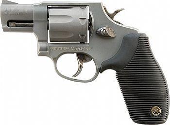 REVÓLVER TAURUS RT 817 2 polegadas calibre .38 SPL