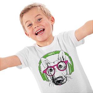 Camiseta Infantil Pastor Alemão de Óculos e Fone de Ouvido