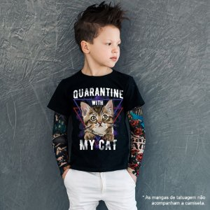 Camiseta Infantil Quarantine With My Cat