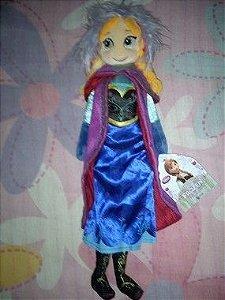 Boneca Anna em Pelúcia - 40 cm