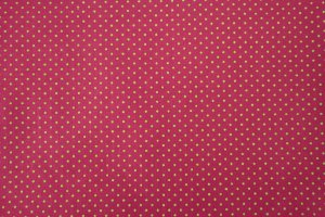 Tecido para Patchwork Poá Verde fd. Pink (0,50m x 1,50m)