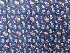 Tecido para Patchwork Floral Pequeno fd. Azul Marinho (0,50m x 1,50m)
