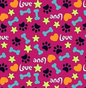Tecido para Patchwork Patinhas Love fd. Pink (0,50m x 1,50m)