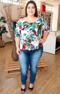 Blusa Tropical Plus Size