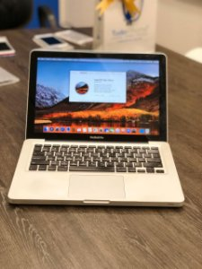 "Macbook Pro 13"" 2011 Intel Core I5 2.4 GHZ 8GB RAM DDR 3 240GB SSD - Usado - 3 Meses de Garantia TudoiPhone"