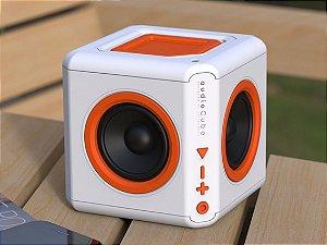 Caixa de Som Recarregável 30W RMS AudioCube PWC-AUDWH ELG - Usada com 3 Meses de Garantia Tudoiphone