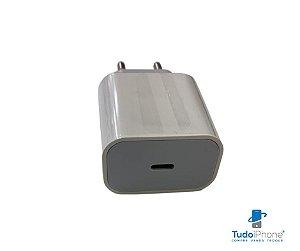 Fonte de Carga Rápida   - USB e Type C - Similar