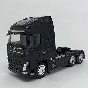 Miniatura Caminhão New Volvo Fh 500 6x2 Escala 1:32