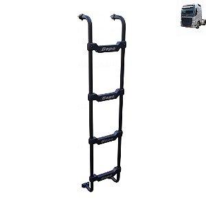 Escada Traseira para caminhão Volvo FH 2015 Cabine Baixa Tanque Arla Lateral