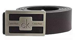 Cinto couro dupla face preto/marrom CK