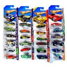 C4982 HOT WHEELS-CARROS BASICOS NOVO SORTIMENTO