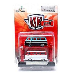 Set Miniatura Ford Falcon Club Wagon (1965) - Preto/ Branco - 1:64 - Auto Lift - M2 Machines